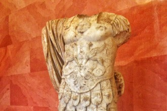 inmortal-Drago-Eleusis-heroe